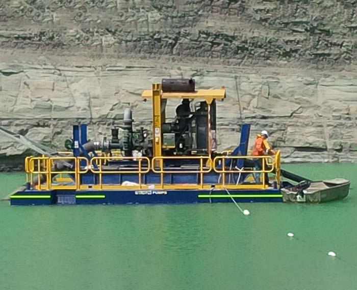 Dewatering pontoon pump